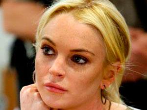 Un juez prohíbe que Lindsay Lohan organice fiestas en su casa