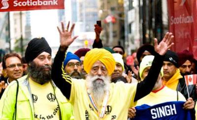 Anciano de 100 años completa una maratón de 42 km