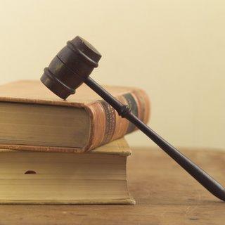 Corte prohíbe temporalmente detención de madres y niños que piden asilo en EEUU