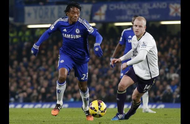 Juan Guillermo Cuadrado fue titular en triunfo de Chelsea ante Everton