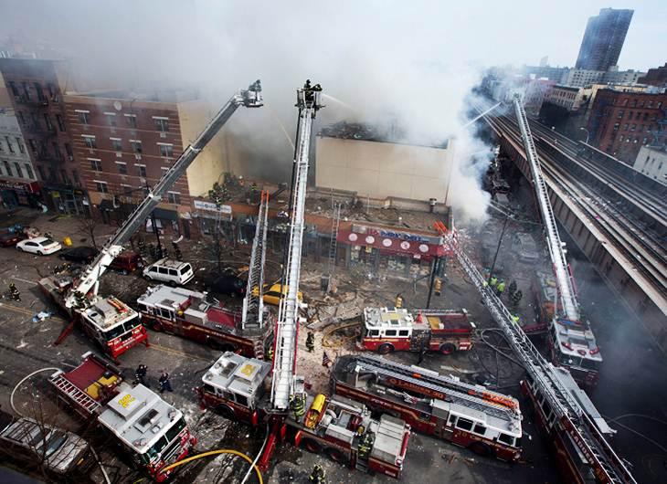 Un edificio colapsó en Manhattan debido a un fuerte explosión