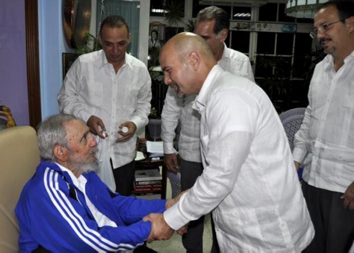 Fidel Castro recibió a los cinco agentes cubanos liberados por Estados Unidos
