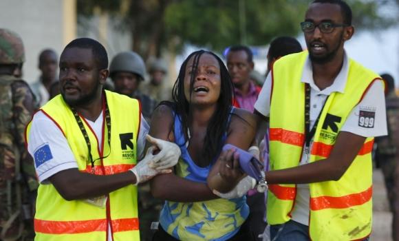 Kenia, conmocionada un día después del ataque yihadista en Garissa
