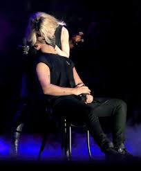 El intenso beso de Madonna a Drake en festival Coachella 2015