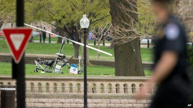 Doug Hughes, el cartero que aterrizó ilegalmente con su avión casero en el jardín del Capitolio