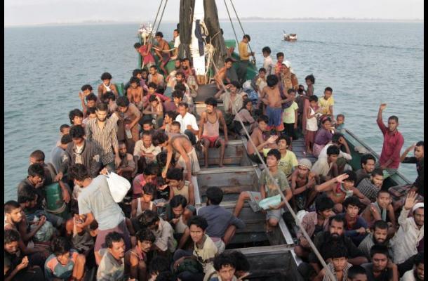 Birmania quiere deportar a Bangladés a emigrantes rescatados en el mar