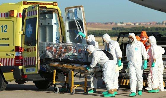 Expertos denuncian retrasos y fallos en gestión de OMS frente al ébola