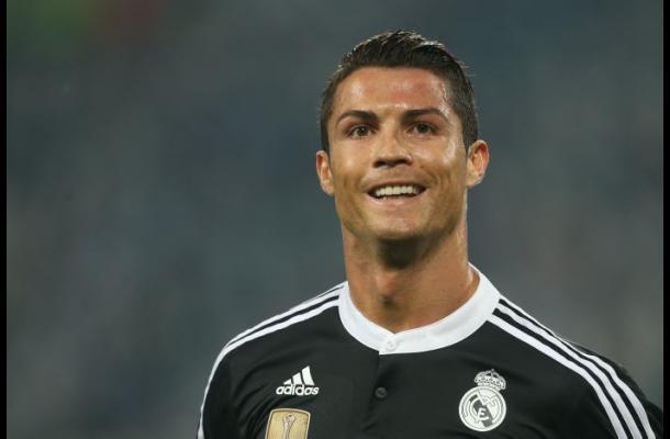 Cristiano Ronaldo se solidariza con las víctimas del terremoto en Nepal