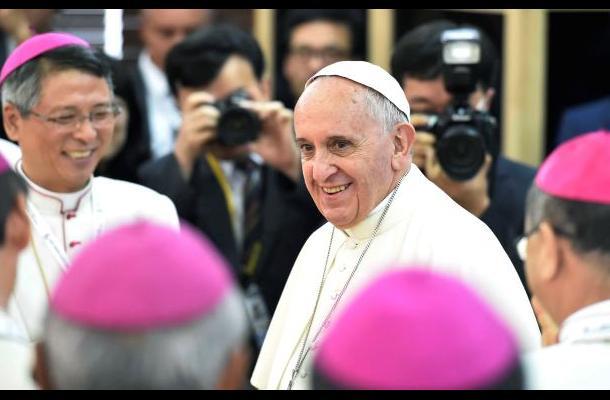 Papa pedirá en Cuba cambiar rencor por benevolencia