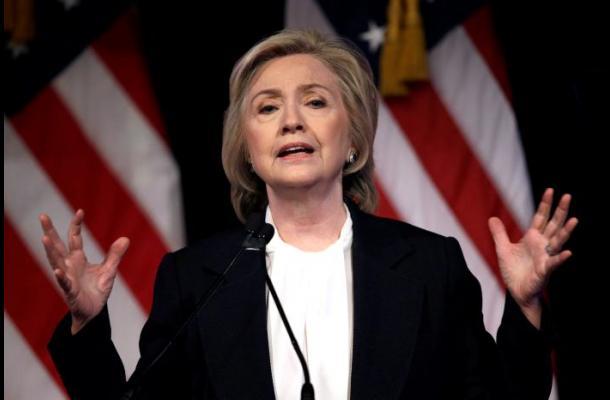 EEUU: piden abrir investigación de e-mails de Hillary Clinton
