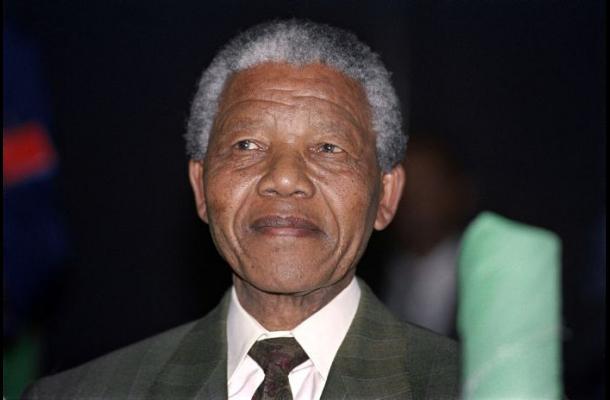 Nieto de Mandela es acusado de violar a una adolescente en Sudáfrica