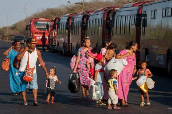 ONU insta a garantizar reunificación familiar de colombianos deportados