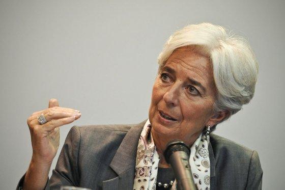 Lagarde: América del Sur debe hacer reformas en infraestructura y educación