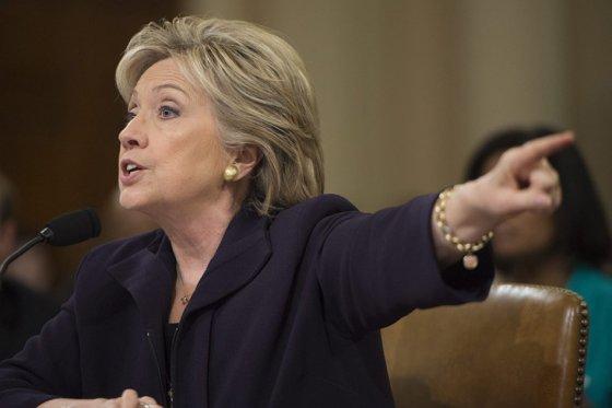 Clinton respondió ante la Cámara de Representantes por ataque a embajada de EE.UU. en Bengasi