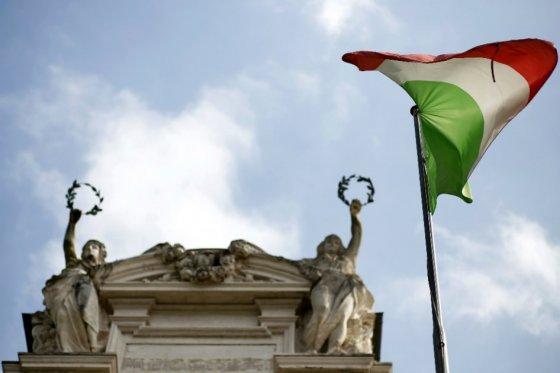 Alcalde dimisionario de Roma teme el regreso de la mafia a la ciudad