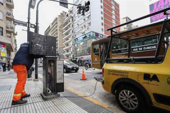 Unas 5.000 personas siguen sin luz por cuarto día por apagón en Buenos Aires