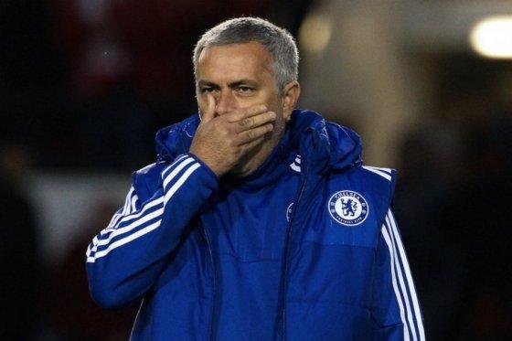 Multan a Mourinho con un partido y 70.000 euros