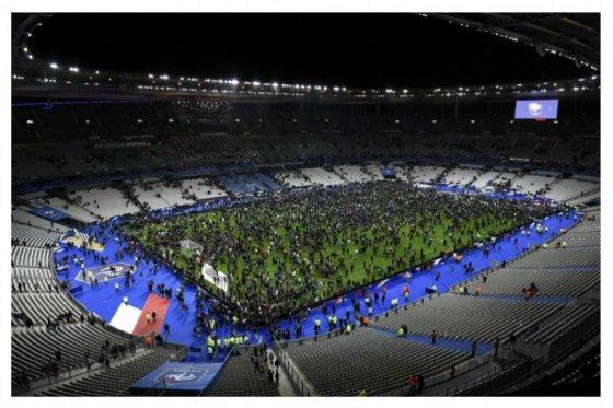 Terroristas perpetraron ataques en al menos seis puntos de París
