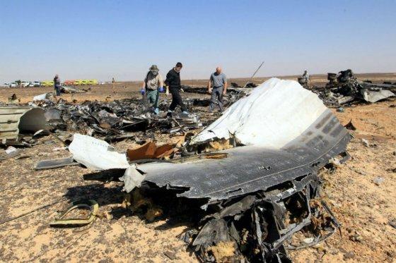 Repatrían de Egipto 126 cadáveres de turistas rusos muertos en tragedia aérea