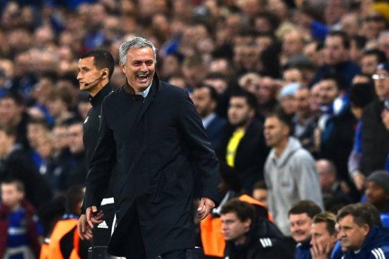 El público demuestra que se me quiere aquí: José Mourinho