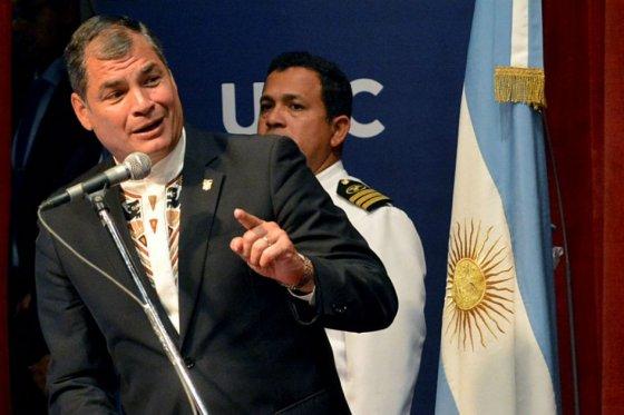 Si en Ecuador la oposición es golpista, en Venezuela es diez mil veces más: Correa