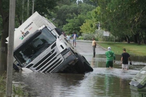 Inundaciones en Uruguay dejan más de 4.000 afectados