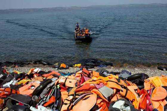 Más de un millón de refugiados llegaron por mar a Europa en 2015