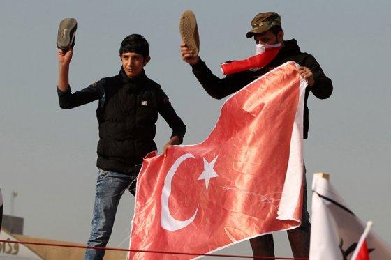 Turquía anuncia retirada de sus tropas de Irak, un día después del llamado de Obama
