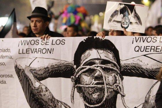 México crea unidad especial para investigar desaparición de 43 estudiantes