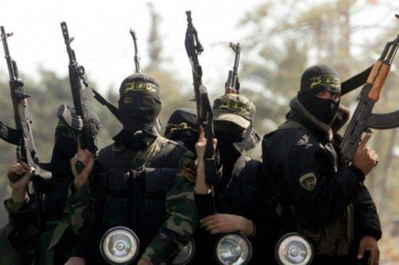 Mueren 32 miembros del EI en medio de bombardeos en Siria