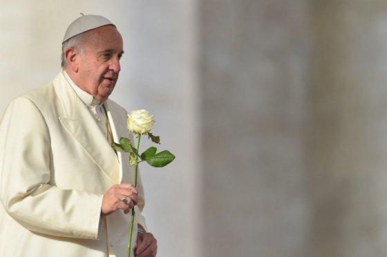 Que la Navidad ilumine esfuerzos de paz de Colombia: papa Francisco