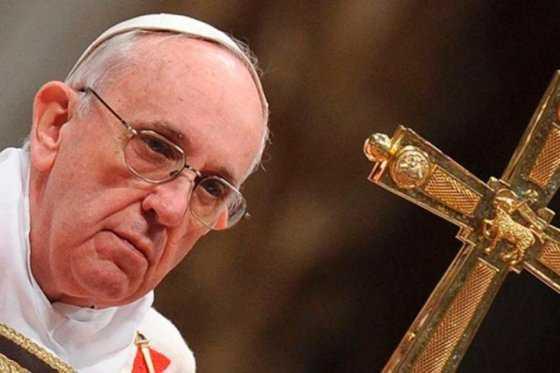 Reyes Magos enseñan a no conformarse con la mediocridad: papa Francisco