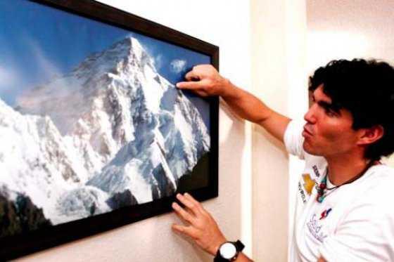 Ecuatoriano, con la mitad de sus pies, busca escalar 14 montañas de más de 8.000 metros