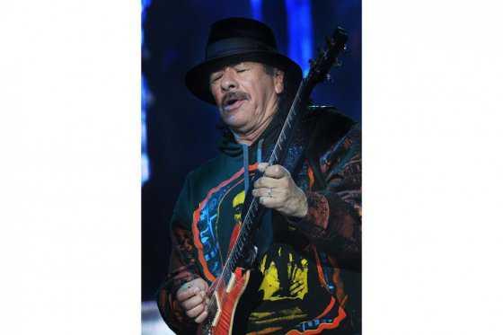 Carlos Santana se reúne con vieja banda para su primer álbum conjunto en 45 años