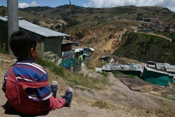 Violencia, corrupción, pobreza y reforma fiscal, retos de Guatemala para 2016