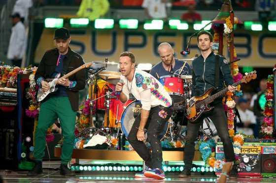 Festival Glastonbury anuncia a Coldplay como cabeza de cartel 2016