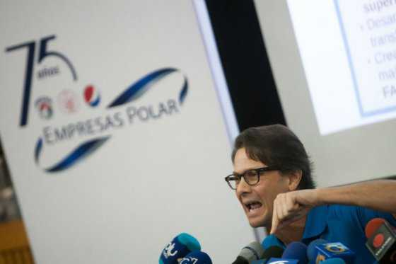 Presidente de venezolana Polar dice que no hay materia prima para alimentos