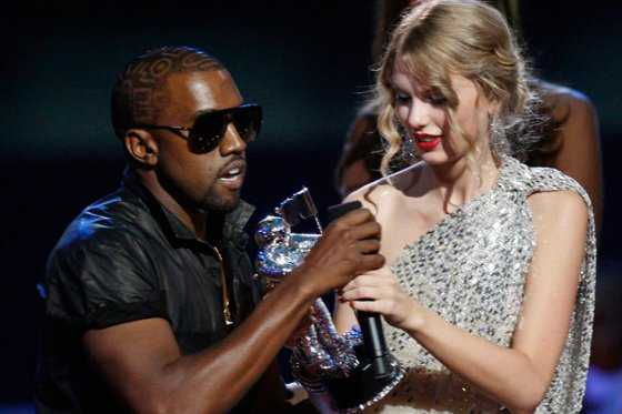 Kanye West ofende a Taylor Swift con comentarios sexuales