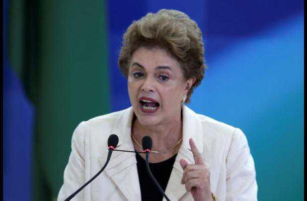 Dilma Rousseff acusa a sus detractores de usar «métodos fascistas»