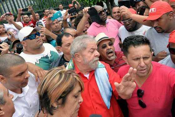 Lula encabezará manifestaciones contra «el golpe» en Brasil