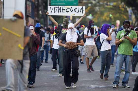 Venezuela necesita una intervención política exterior: Washington Post