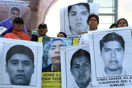 Arrestan en México a líder de cartel vinculado a desaparición de 43 estudiantes