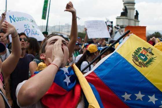 Oposición venezolana se moviliza este sábado por un referendo revocatorio contra Maduro