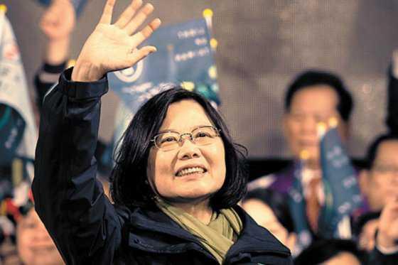Tsai Ing-wen se posesionó como la primera mujer presidente de Taiwán