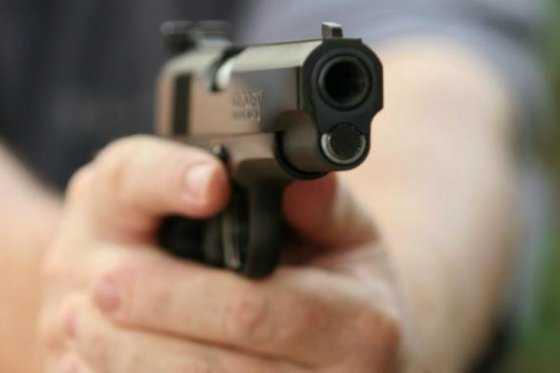 Tiroteo en un centro comercial de EE.UU. deja tres muertos