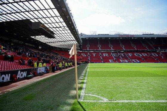 Un paquete sospechoso obliga a aplazar del Manchester United