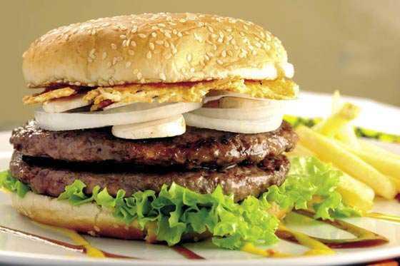 Venezuela, el país en el que una hamburguesa cuesta 170 dólares