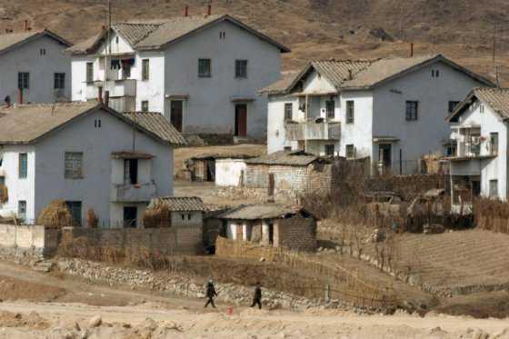 'No soy tu cuidador' y otros errores en Corea del Norte