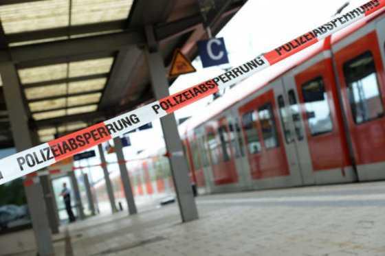 Un muerto y tres heridos deja ataque aparentemente islamista en Alemania