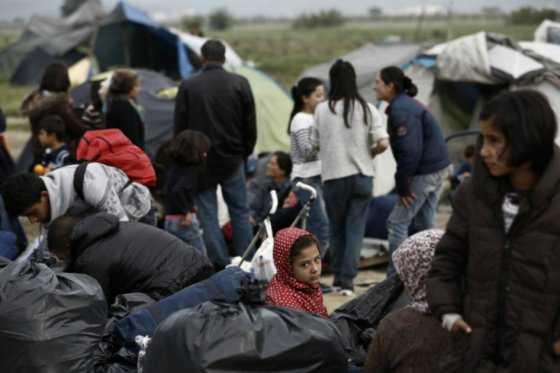 Cerca de 1.500 migrantes han sido evacuados en campo de Grecia